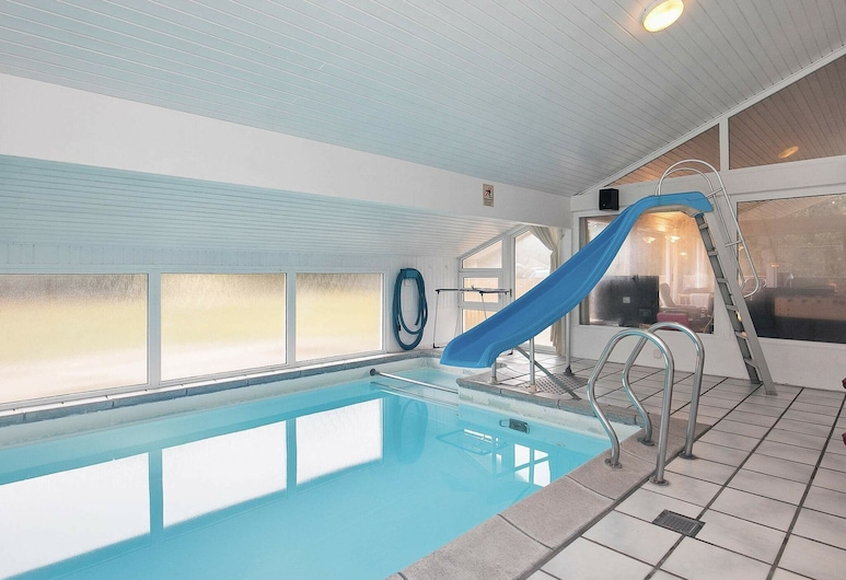Gigantic Holiday Home in Jutland With Swimming Pool, Lokken