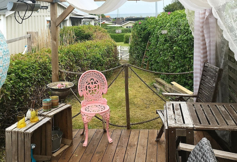 Idyllic Holiday Home in Sæby With Barbecue, Sæby, Balcony