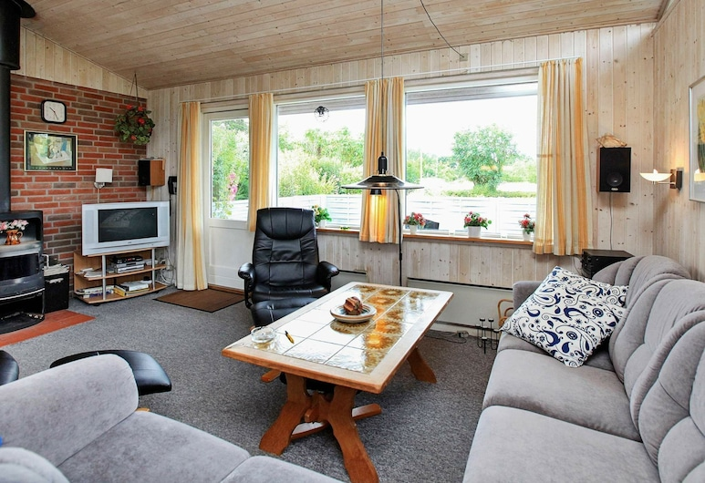 Pleasant Holiday Home in Lolland Zealand With Sauna, Dannemare, Obývací pokoj
