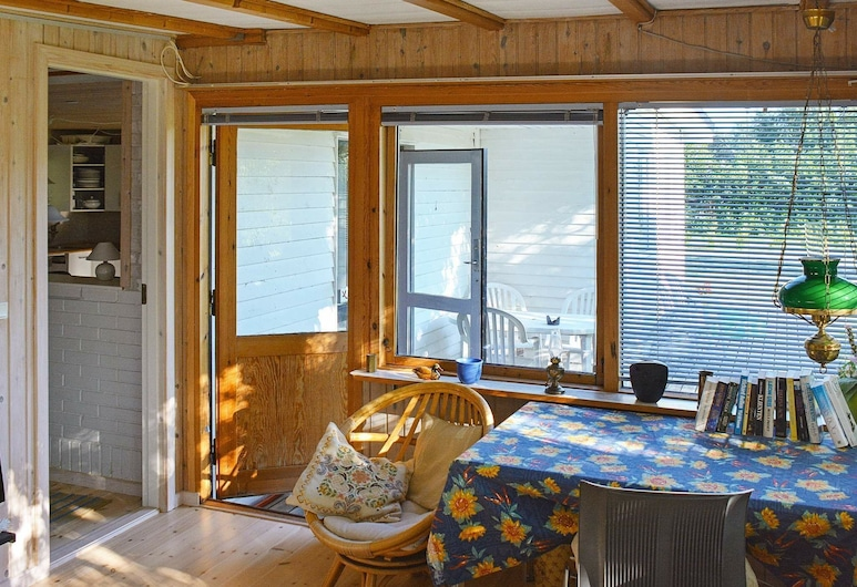 Alluring Holiday Home in Gedser Zealand With Sauna, Gedser, Balcone