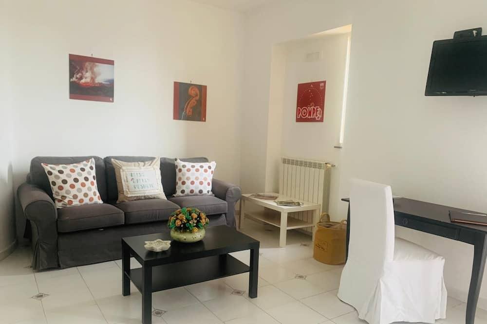 Superior Quadruple Room - Living Area