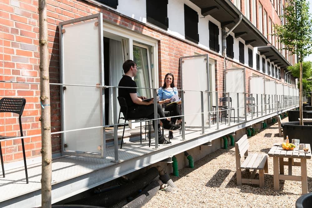 Apartemen, balkon - Balkon