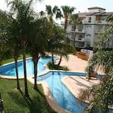 Apartment, 3 Bedrooms, Pool View - Imej Utama