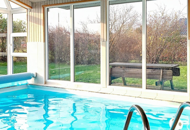 Pleasant Holiday Home in Juelsminde With Barbecue, Horsens, Piscina