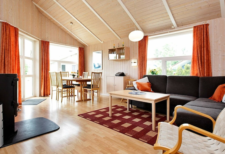 4 Star Holiday Home in Otterndorf, Otterndorf, Living Room