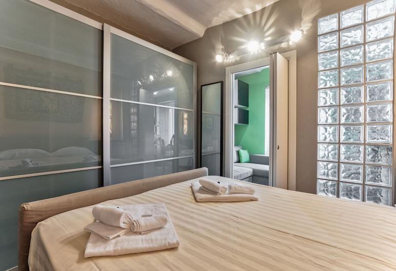 Turin Home at San Salvario, Turin, Apartment, 1 Bedroom, Room