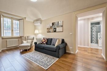 Picture of Porta Susa Elegant & Design Apartment in Turin