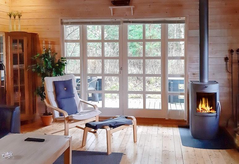 Spacious Holiday Home With Sauna in Logstor, Logstor, Καθιστικό