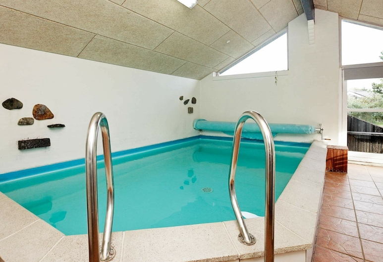 Modern Holiday Home in Hals With Swimming Pool, Hals, Piscina