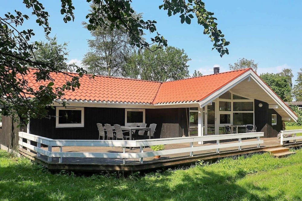 Enthralling Holiday Home in Martofte With Sauna, Martofte