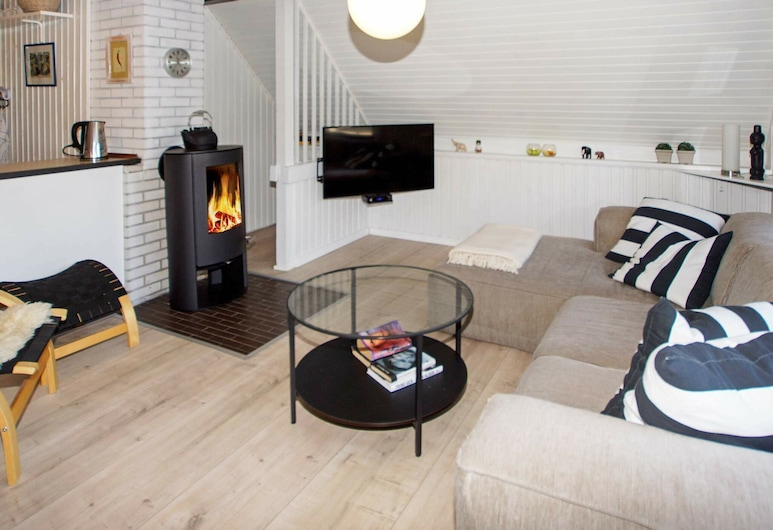 Pet-friendly Cottage in Hemmet With Garden, Hemmet, Obývačka