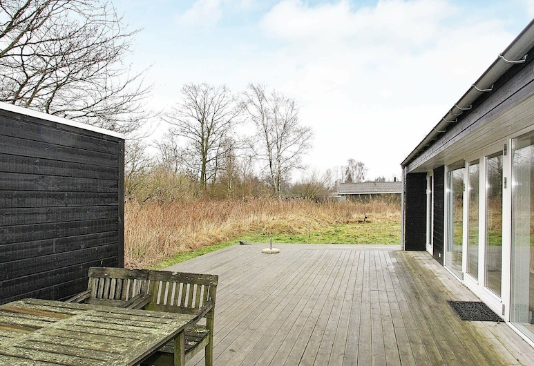 Stylish Holiday Home in Hals With Terrace, Hals