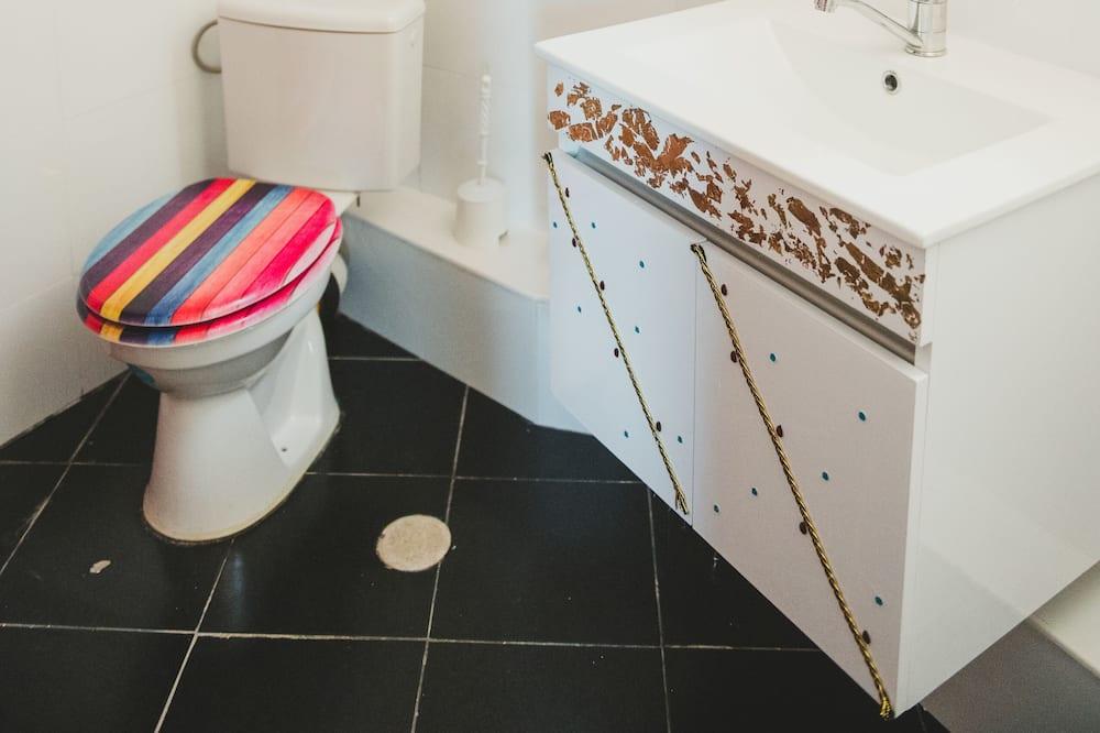 Deluxe Apartment, Terrace - Bathroom