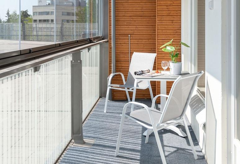SleepWell Apartments Espoo - 15 min from Helsinki City Center, Espoo, Apartment, Balcony