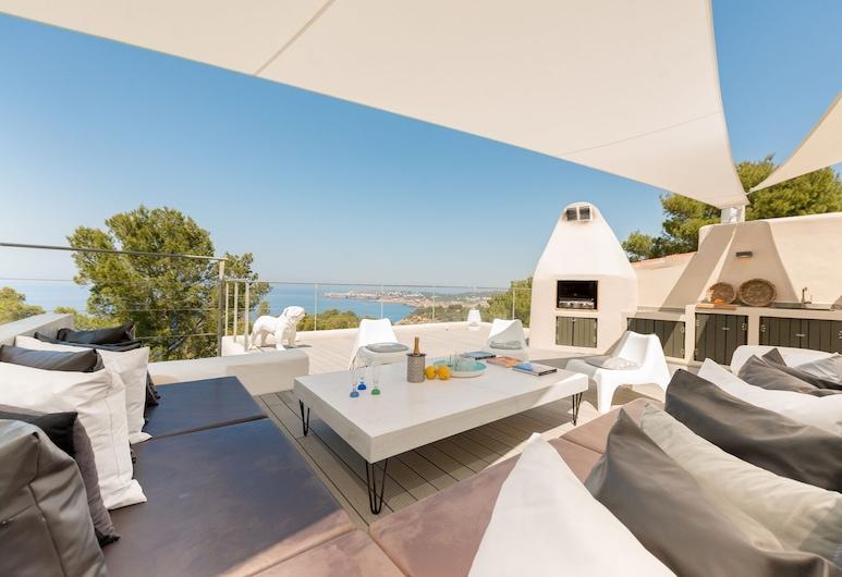 Rent This Luxury Villa With Rooftop Terrace, Ibiza Villa 1048, Sant Josep de sa Talaia, Balcón