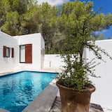 Imagine Your Family Renting This Country Retreat, Ibiza Villa 1014