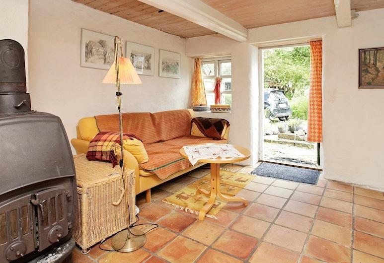 Cozy Holiday Home in Hurup Thy Near Sea, Hurup Thy, Salle de séjour