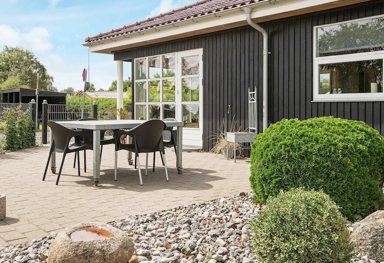 Modern Holiday Home in Fredericia With Sauna, Borkop, Balcony
