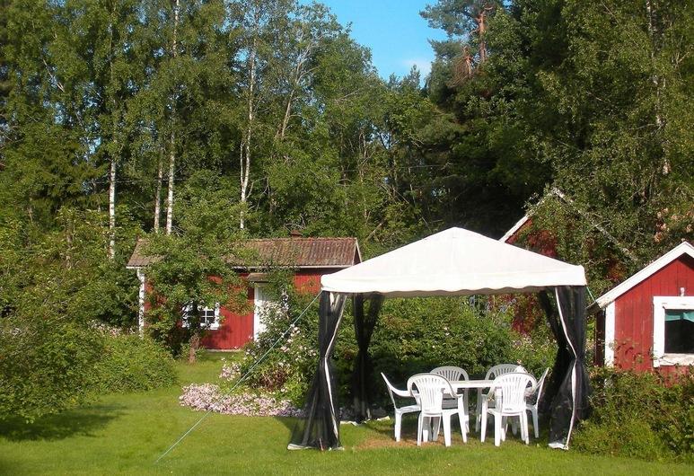 Stylish Holiday Home With Garden in Ardennes, Brolanda, Naktsmītnes teritorija