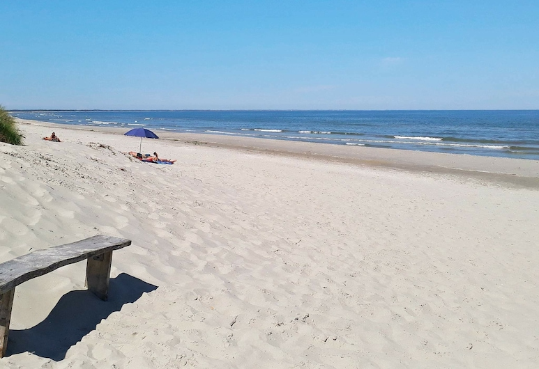 Luxurious Holiday Home in Jerup With Barbecue, Jerup, Plage