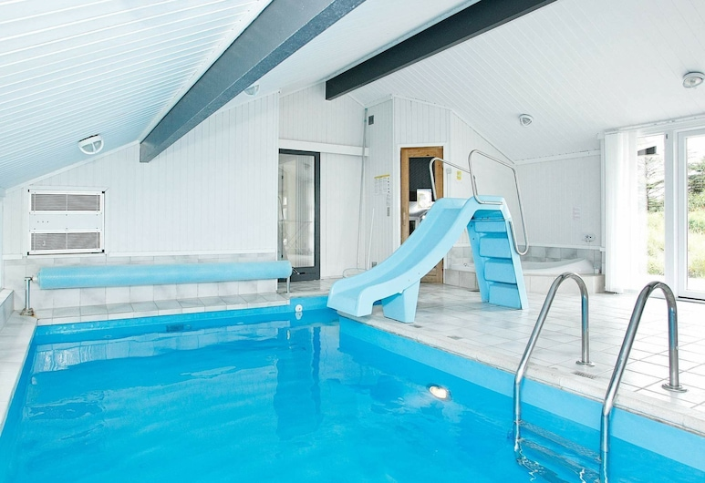 Chic Holiday Home in Jerup Denmark With Swimming Pool, Jerup, Bassein