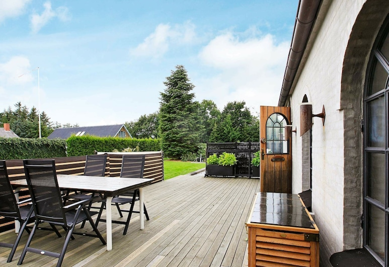 Beautiful Holiday Home in Jerup With Terrace, Jerup, Balkon
