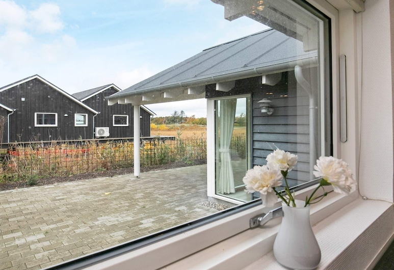 Expansive Holiday Home at Millinge With Indoor Whirlpool, Millinge, Chambre