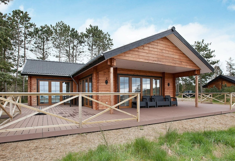 Attractive Holiday Home in Jutland With Terrace, Knebel