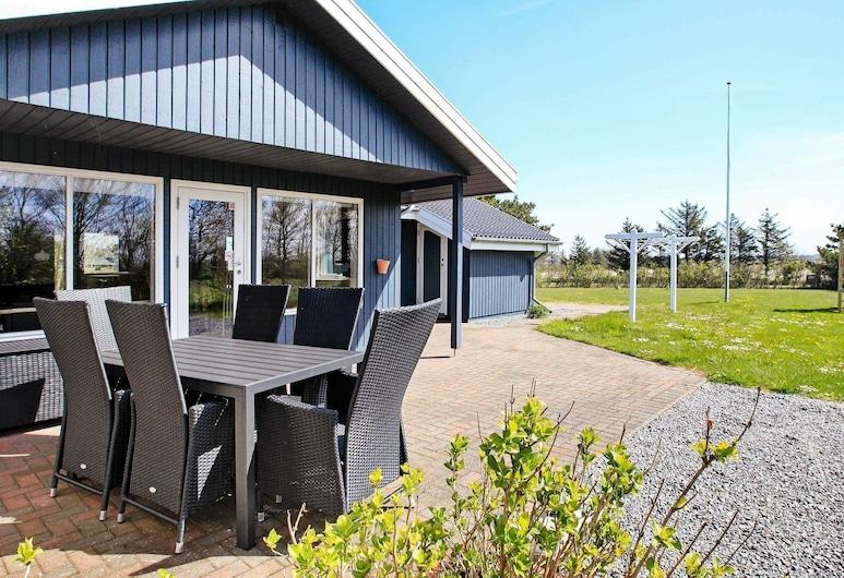 Graceful Holiday Home in Ulfborg With Sauna, Ulfborg
