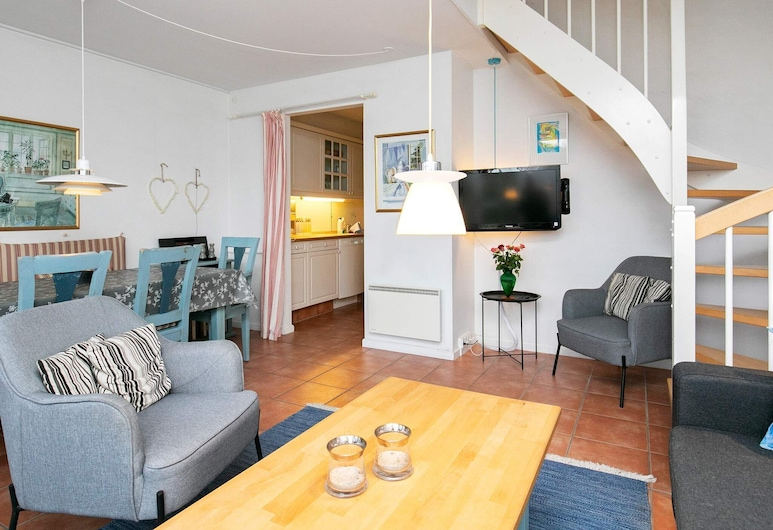 Stunning Apartment in Blåvand With Sauna, Blavand, Sala de Estar