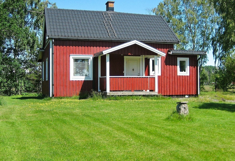 6 Person Holiday Home in Säffle, Saffle