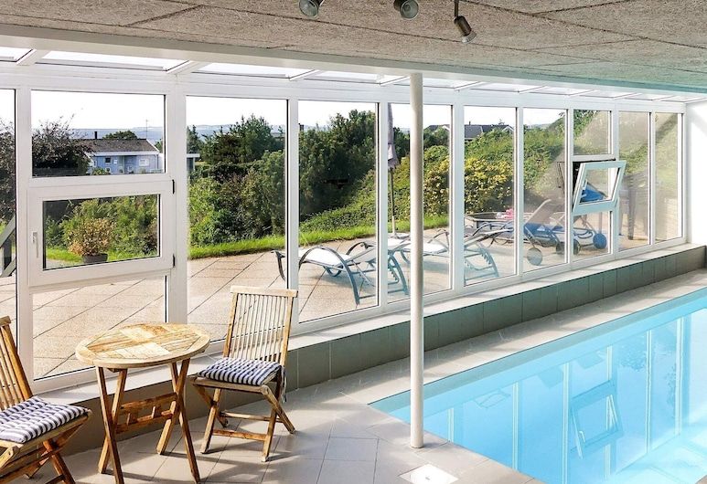 Extravagant Holiday Home in Ebeltoft With Swimming Pool, Ebeltoft, Pool