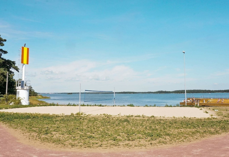 4 Star Holiday Home in Mönsterås, Mönsterås, Strand