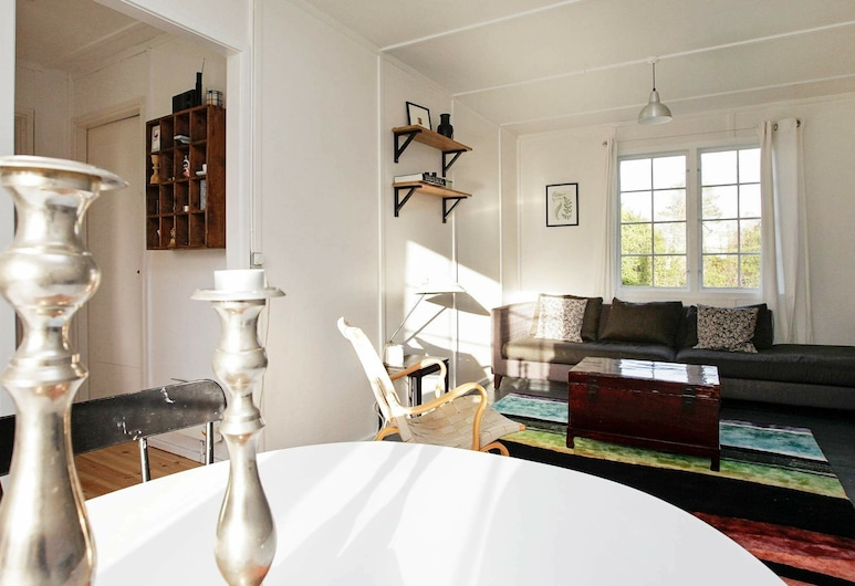 Beautiful Holiday Home in Stubbekobing With Terrace, Stubbekøbing