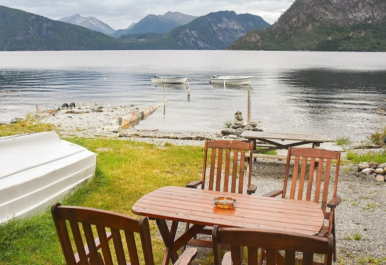 4 Person Holiday Home in Måndalen, Åndalsnes