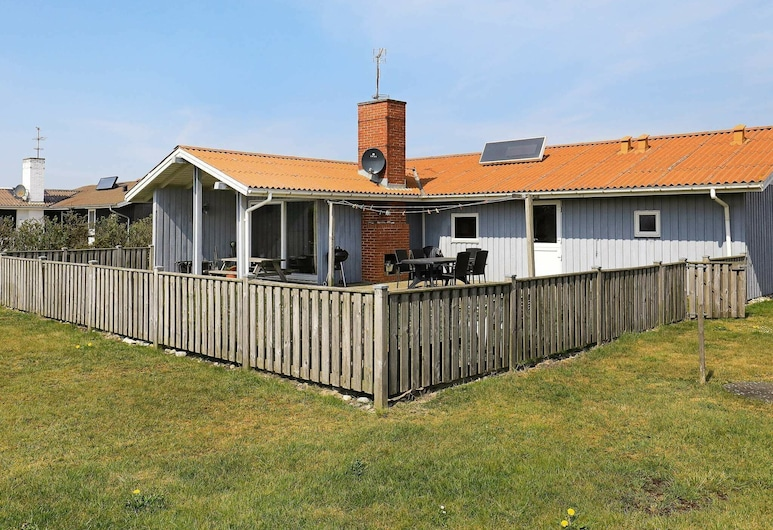 Elegant Holiday Home in Harboøre With Sauna, Harboore