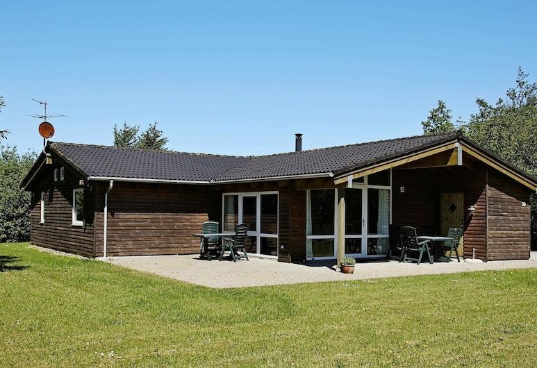 Charming Holiday Home in Fjerritslev Jutland Near North Sea, Fjerritslev