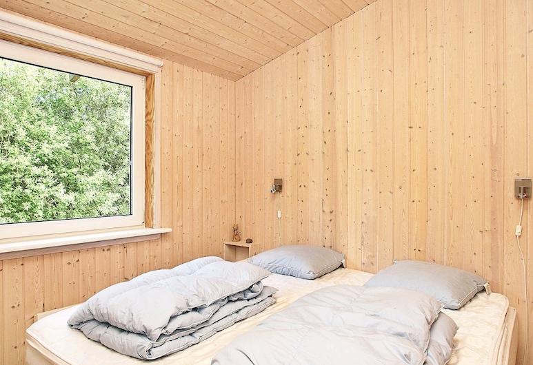Charming Holiday Home in Fjerritslev Jutland Near North Sea, Fjerritslev, Habitación