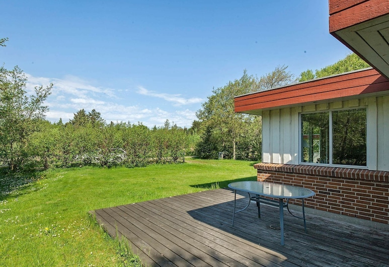 Luxurious Holiday Home in Hurup Jutland With Jacuzzi, Hurup Thy