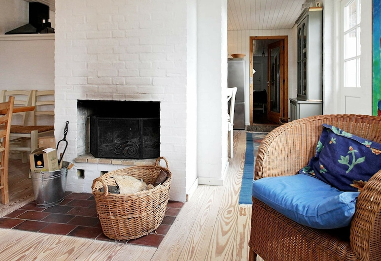 Cosy Holiday Home in Ulfborg With Sauna, Ulfborg, Stue