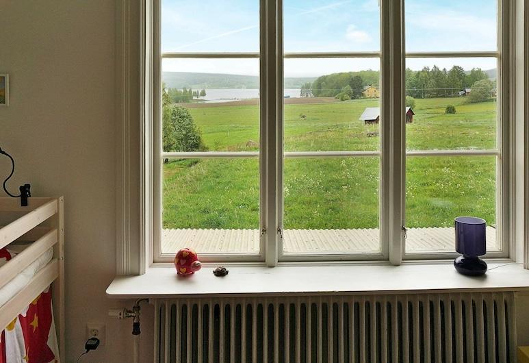 6 Person Holiday Home in Bergvik / Bergvik, Bergvik, Lake View