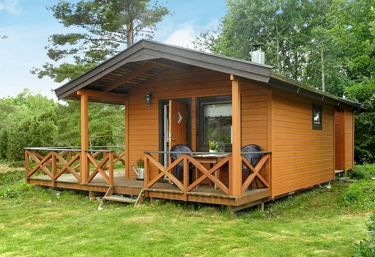 3 Person Holiday Home in Lysekil, Lysekil, Exteriér