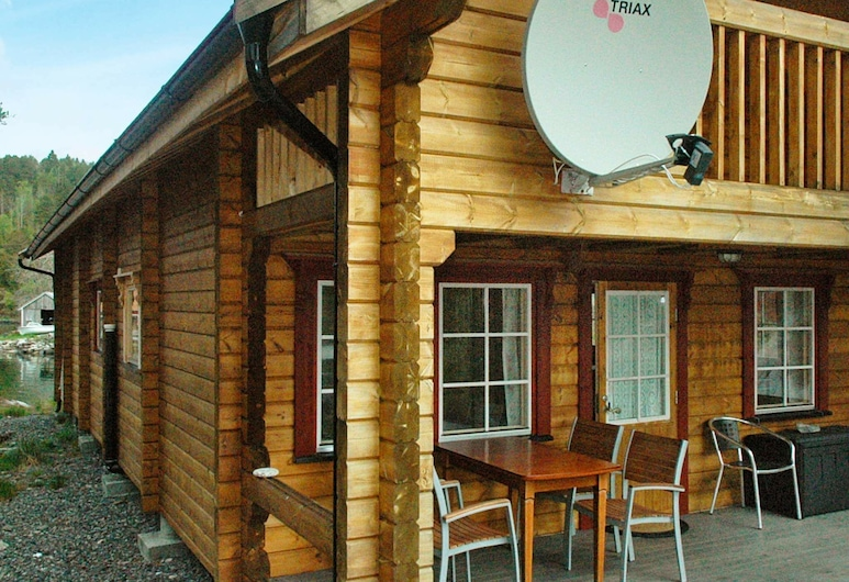 5 Person Holiday Home in Vågland, هالسا