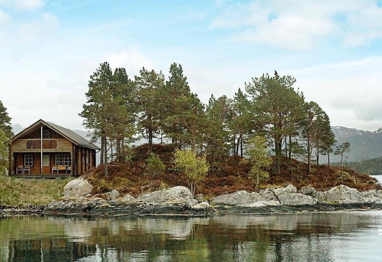 5 Person Holiday Home in Vågland, Halsa, Ulkopuoli