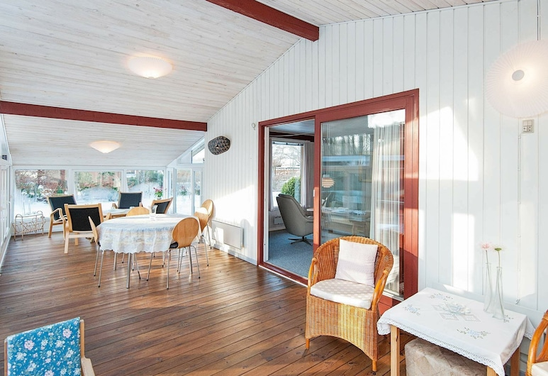 Lovely Holiday Home in Allingabro With Terrace, Allingåbro, Room