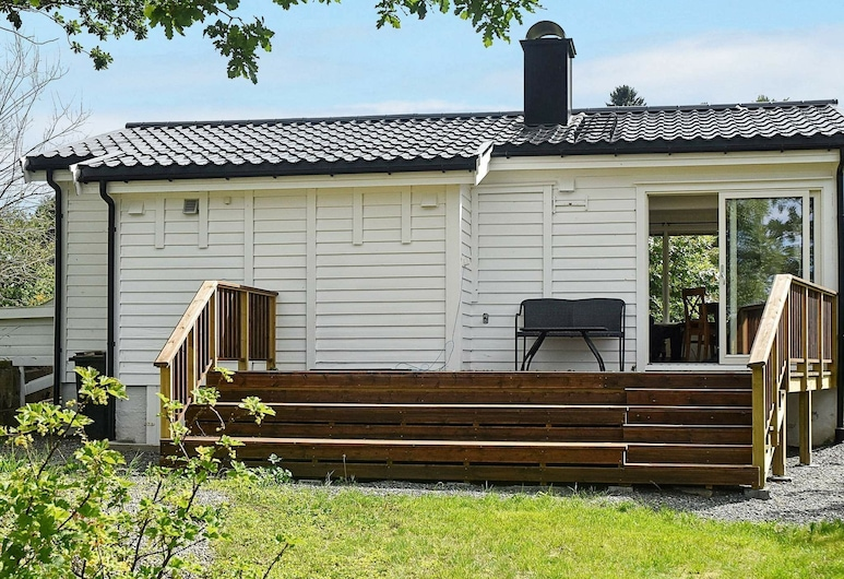 4 Person Holiday Home in Bjoa, 溫達菲尤德