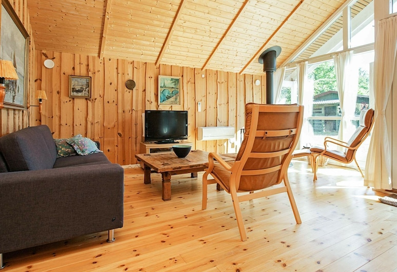 Beautiful Holiday Home in Vig With Sauna, Vig, Living Room