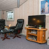 Appealing Holiday Home in Hemmet With Terrace