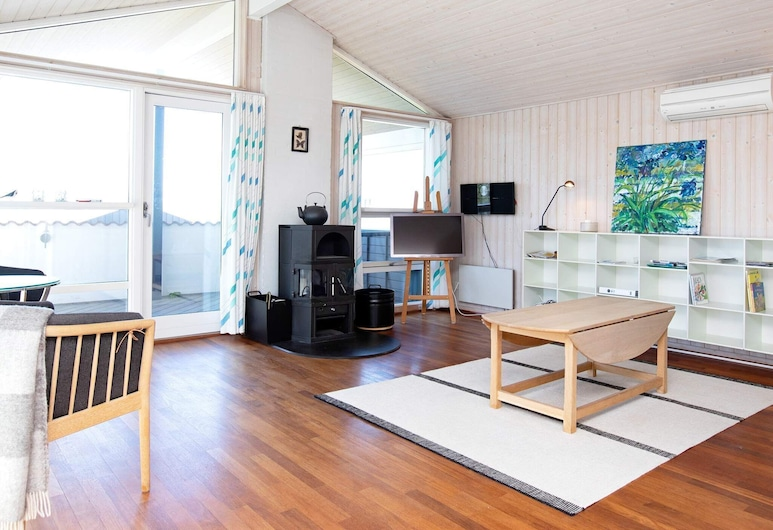 Spacious Holiday Home in Zealand With Sauna, Slagelse, Salon