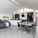 Luxurious Holiday Home in Jutland With Whirlpool